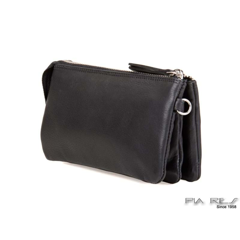 Pia Ries clutch Sort 2