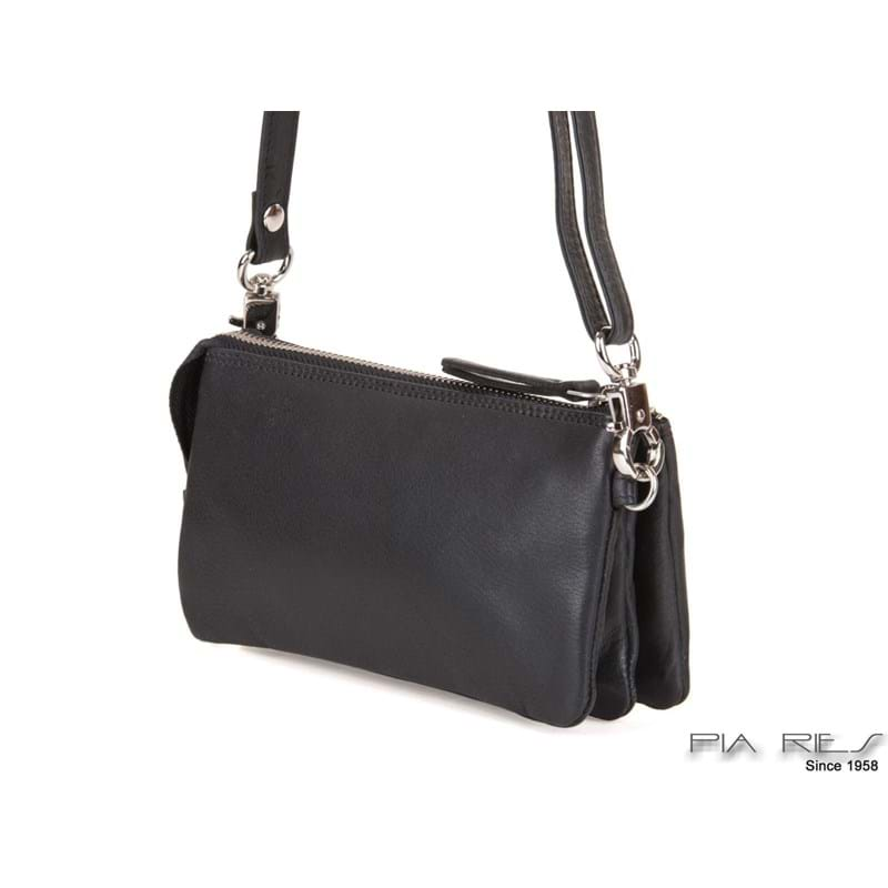 Pia Ries clutch Sort 4