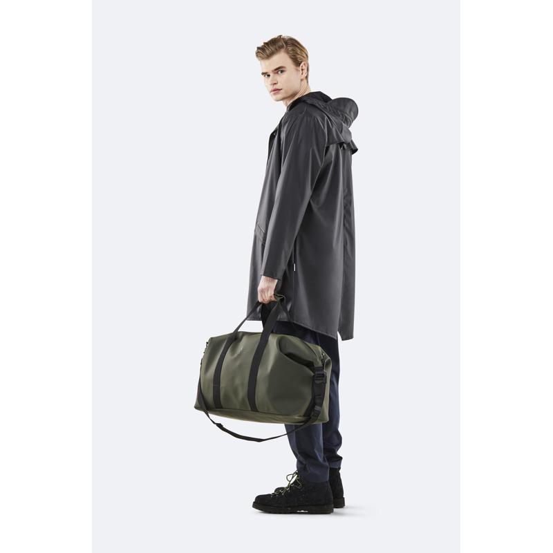 Rains Rejsetaske Weekend Bag Army Grøn 4