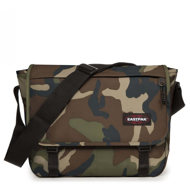 Eastpak Skuldertaske Delegate + Camouflage 1