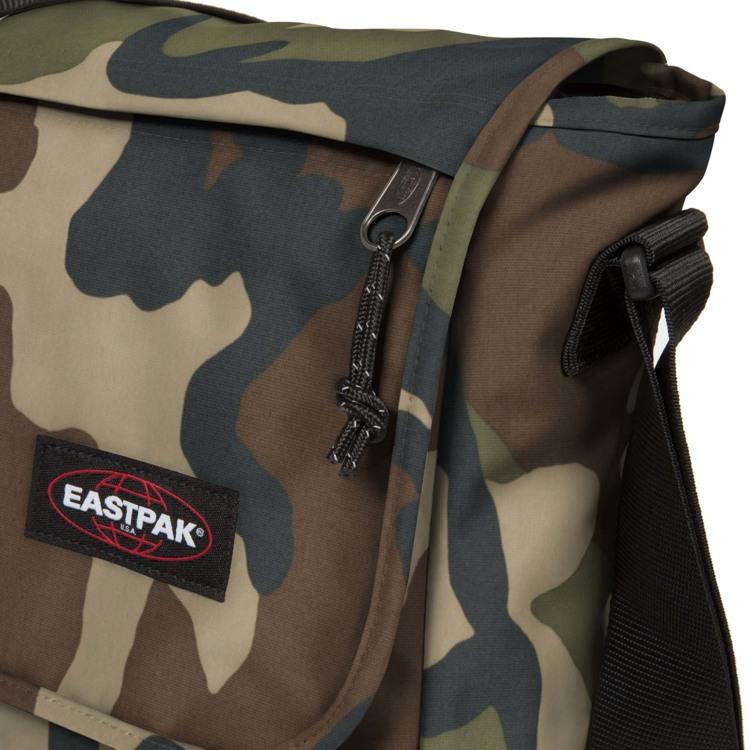 Eastpak Skuldertaske Delegate + Camouflage 4