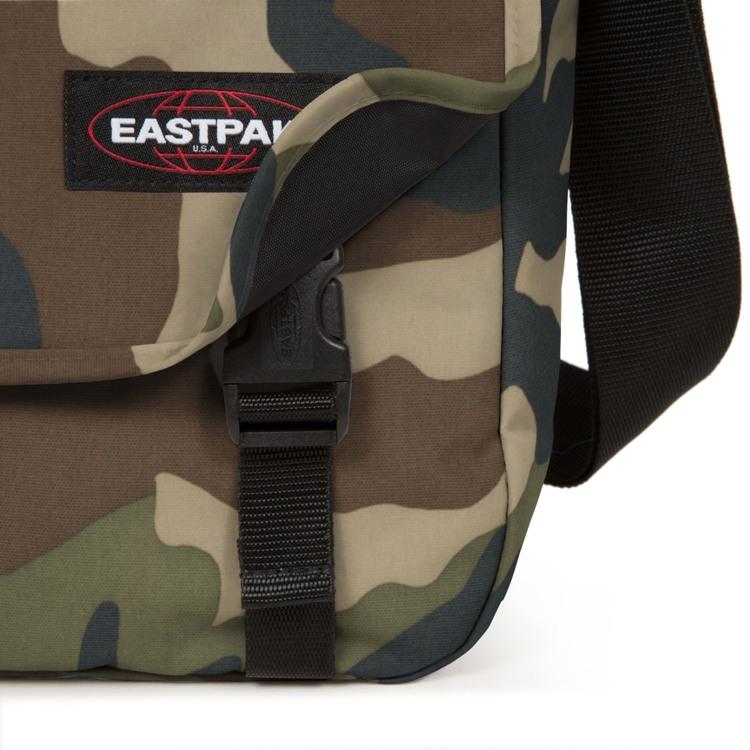 Eastpak Skuldertaske Delegate + Camouflage 5