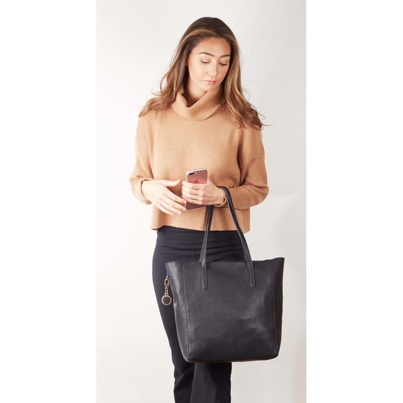 Ulrika Shopper Sort 4