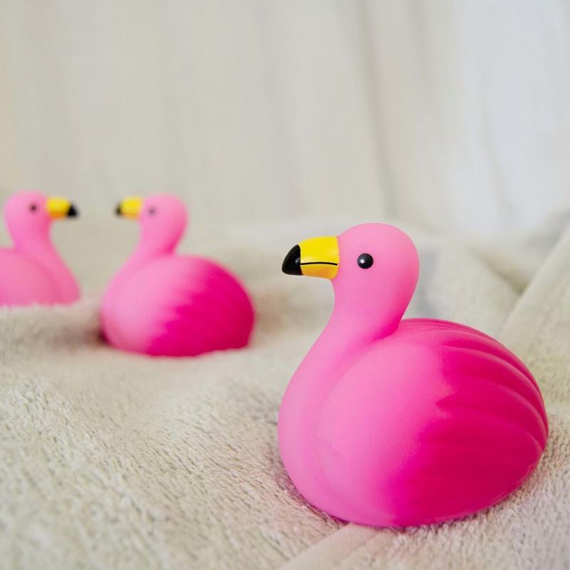 Magni Bade-flamingo m. lys Pink 2